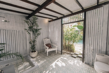 The Atelier - Tropical bathroom with seperate entrance