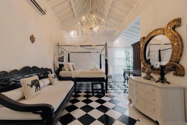 The Chalet - Stunning master bedroom